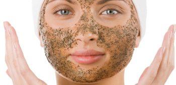 hloubkové čistění pokožky s akné